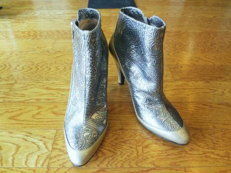 Modern Vintage Vero Cuoio Platinum Boot$99.00