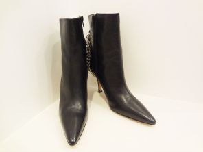 [SOLD] Manolo Blahnik Ankle Boots w/ Lock and Chain detail (size 10) - $239