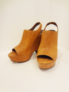Elizabeth/James Platforms - $79